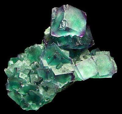 萤石(fluorite),又称氟石,是一种矿物,其主要