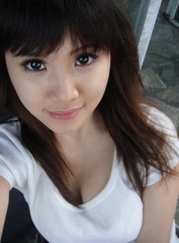 陈怡芬视频_陈怡芬,女,1988年3月3日出生于台北