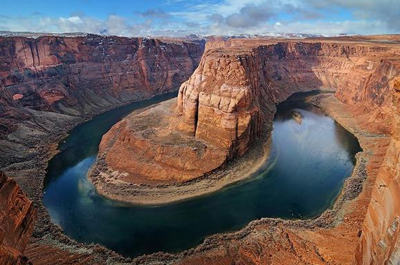 美国大峡谷全长446公里