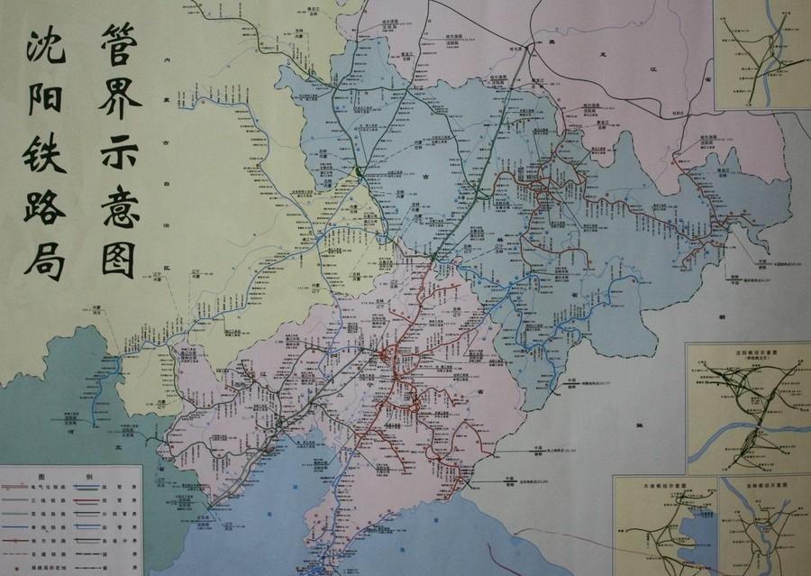沈阳铁路局位于东北路网的中南部,南与北京铁路局,北与哈尔滨铁路局