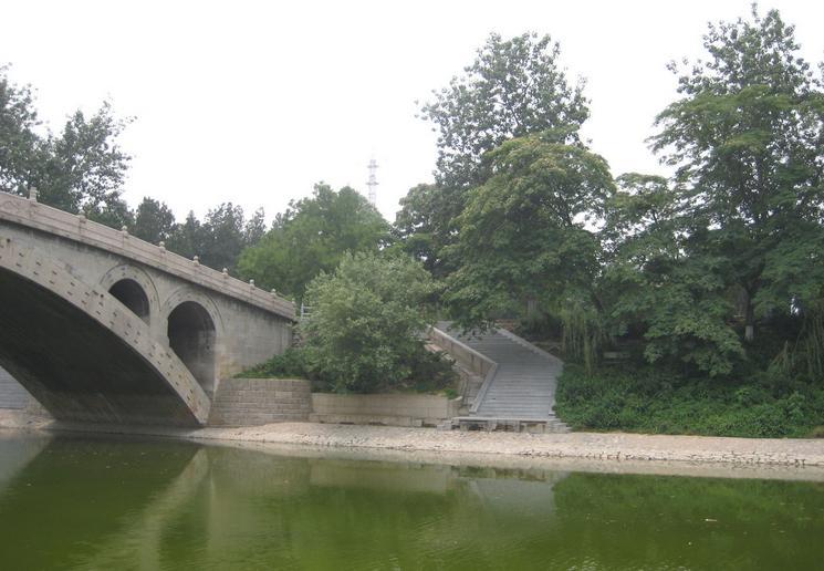 """梁思成:""""河北赵县安济桥……可称为中国工程界一绝."""