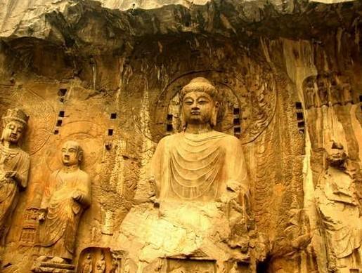 我国最大的木雕佛像_我国最大的佛像是