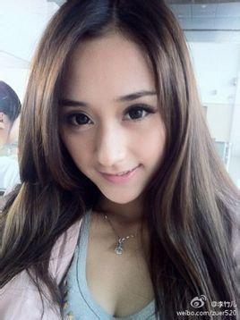 李竹儿(van),毕业于杭州电子科技大学,平面模特,网络红人.图片