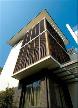 新中式就是中式建筑元素和现代建筑手法的结合运用