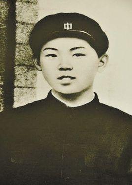 全部版本 历史版本  摘要 金膺禹,平安南道的佃农民,金辅铉的父亲.