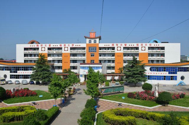 郑州二砂寄宿学校教学楼