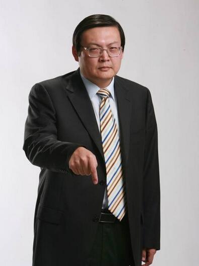 老梁原名梁宏达,知名体育节目主持人