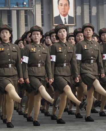 朝鲜鹅式步伐视频_鹅式步伐 - 搜狗百科