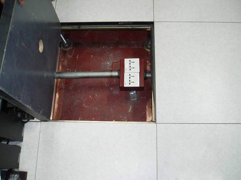 防静电复合地板