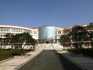长沙商贸旅游职业技术学院图片
