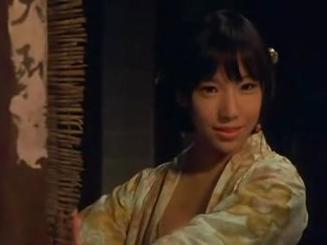 全部版本 历史版本  她在2008版《金瓶梅》中饰演潘金莲的角色!