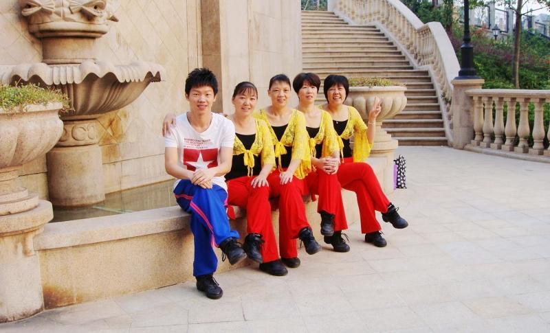 楠楠广场舞图册图片