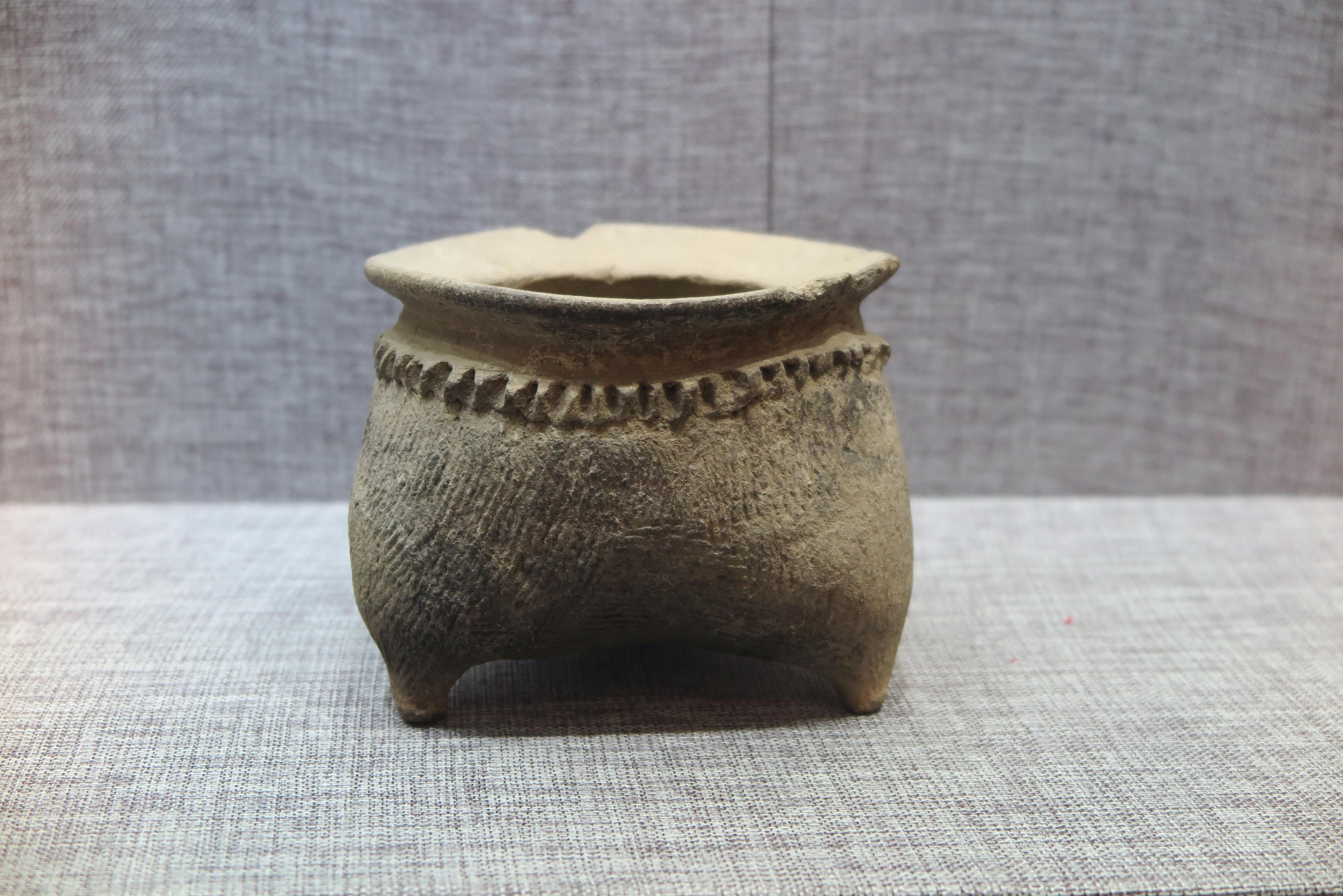 绳纹陶鬲--中国远古文明的活化石