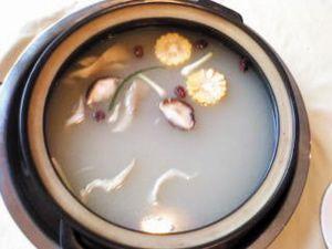 排石汤的原理_泌尿结石怎么排 排石汤 跳绳 倒立真的有效吗