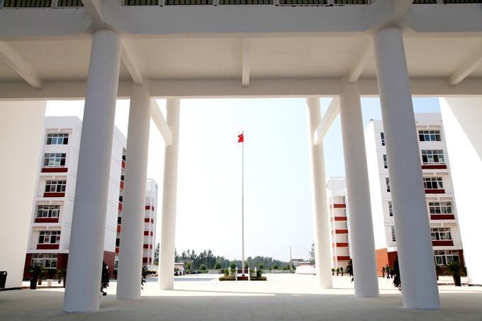 郸城县第一高级中学图册图片