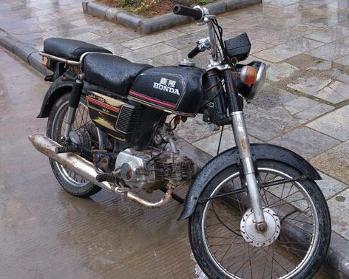 摩托车的保养