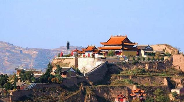 位于甘肃省天水市秦安县城东凤山上,主要由凤山森林公园,泰山庙,青莲图片