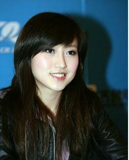 2008年1月8日,潘阳推出个人首张专辑《》,随后又在2009年发行了第二