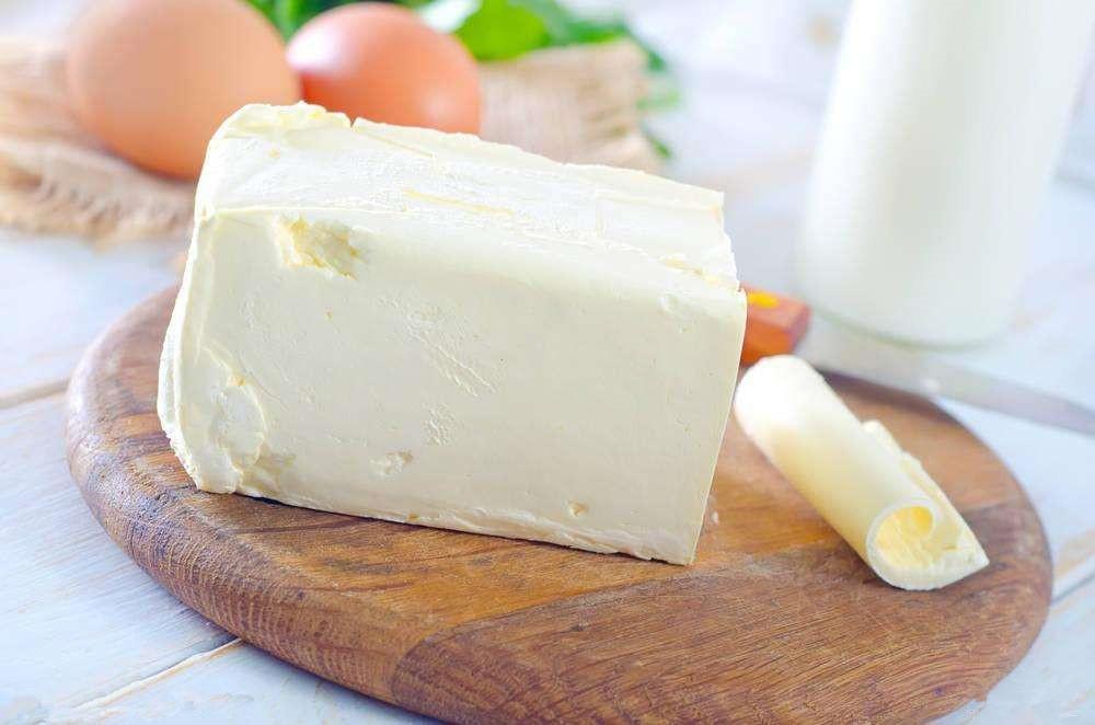 人造奶油的成分_中文名 人造奶油  主要原料 植物油,动物油,水,调味料  主要营养成分