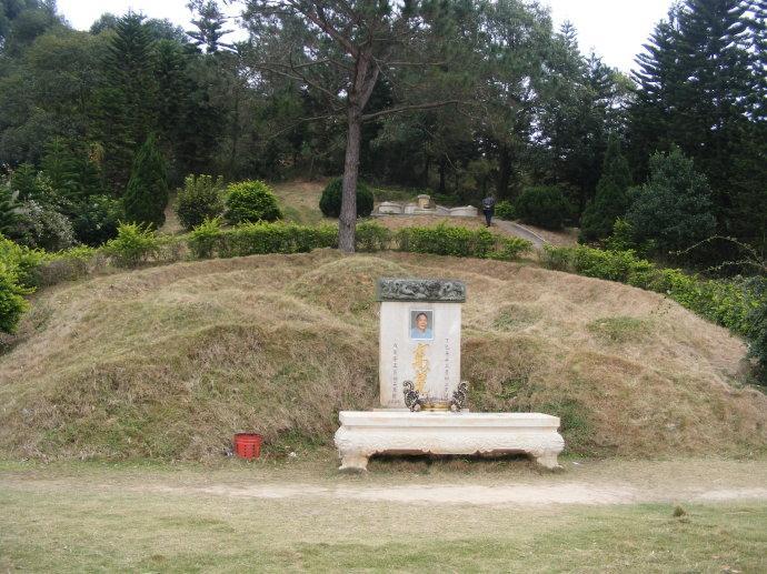 亚洲第一坟_亚洲第一坟