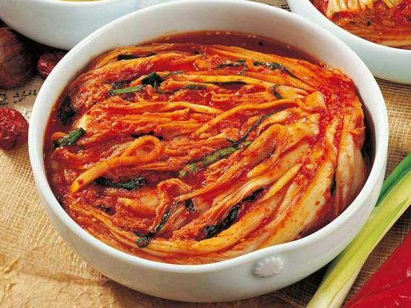 """其制作过程与韩国咸菜有明显区别,重点恰在一个""""泡""""字上."""