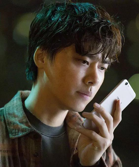 电影《动物世界》中的人物,由李易峰饰演.