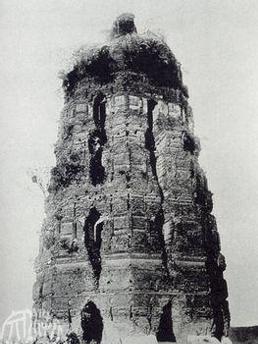 雷峰塔遗址图片
