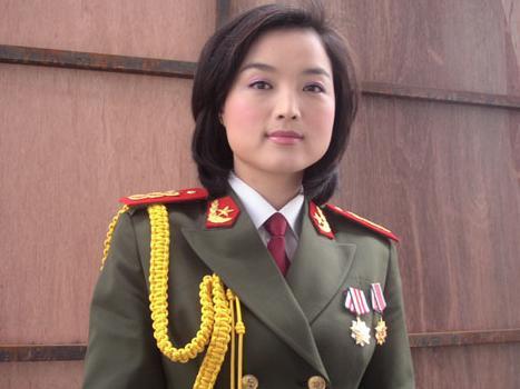 白雪 总政歌舞团青年歌唱家 搜狗百科