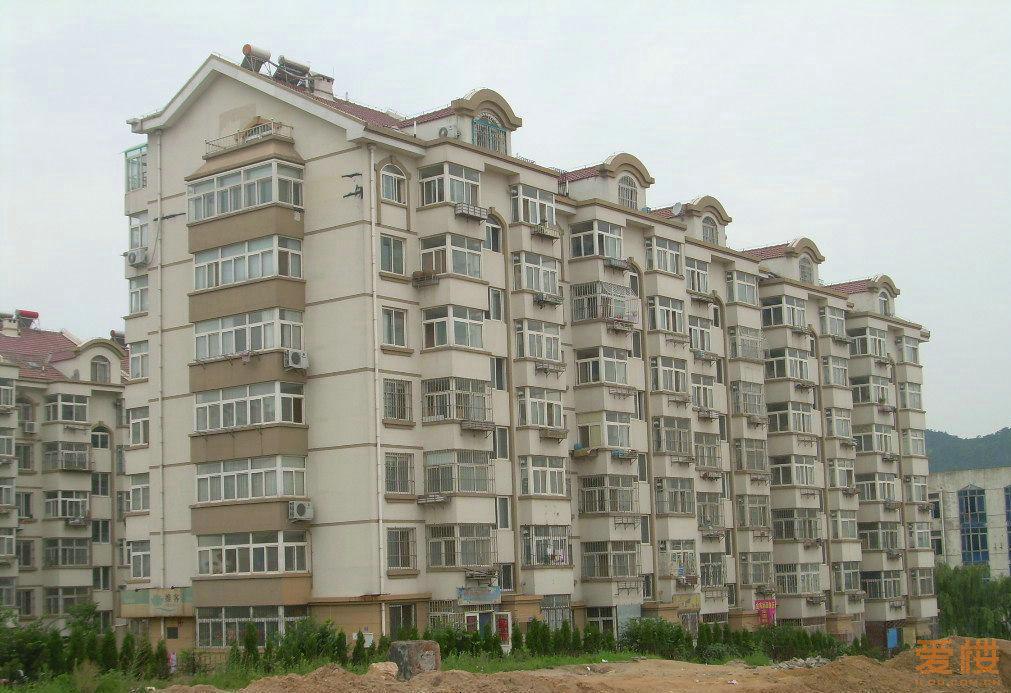 摘要                       福岭小区又称中房福岭小区,位于青岛市