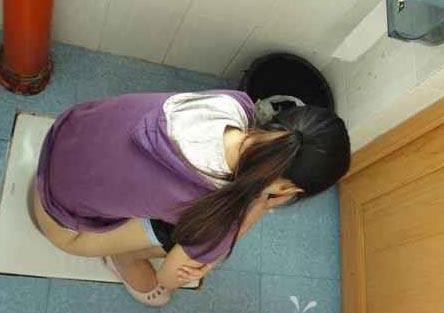 厦大厕所门种子_厦门大学女厕偷拍门