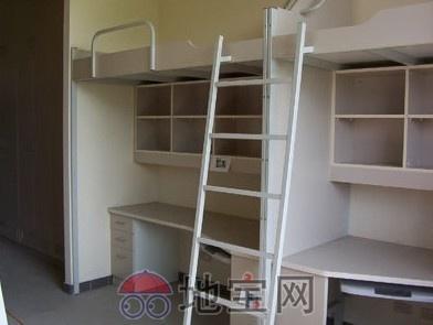 大学生宿舍图片