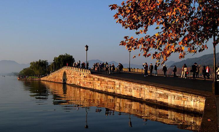 断桥(杭州西湖景点)图片