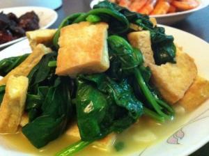 菠菜跟豆腐能一起吃_菠菜豆腐 - 搜狗百科