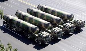 2009年10月1日东风-31A导弹方队通过长安街