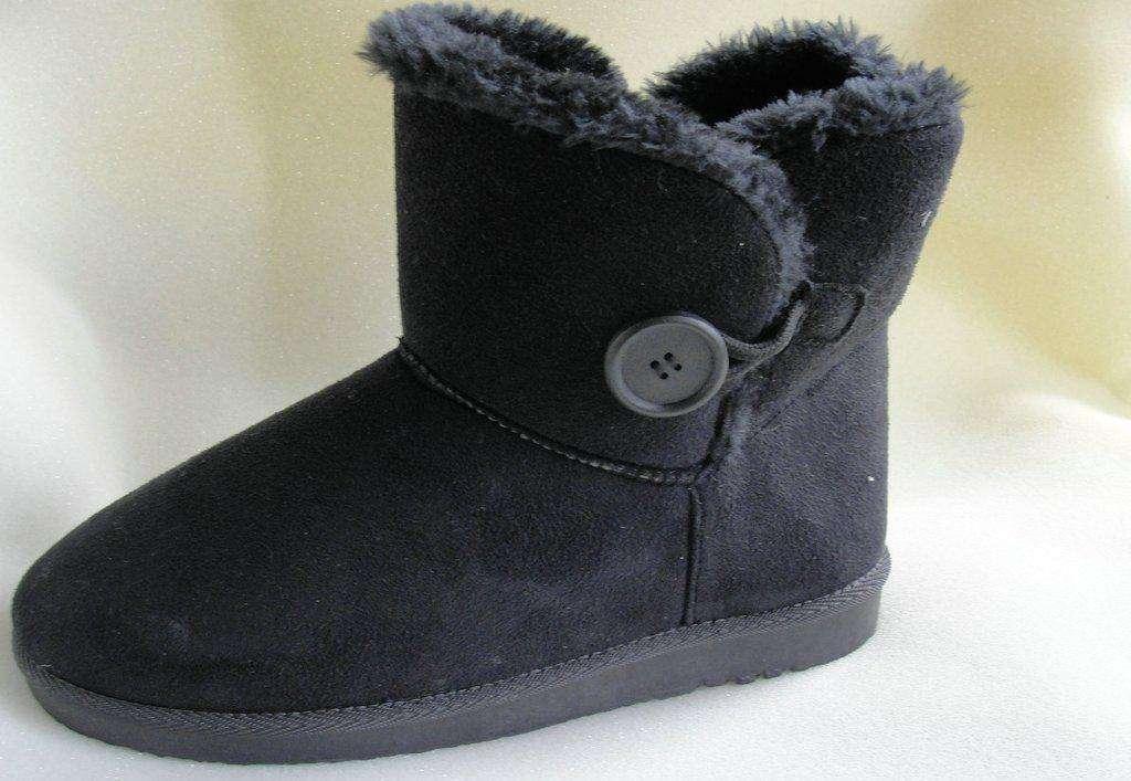 雪地靴哪个牌子最好_雪地靴