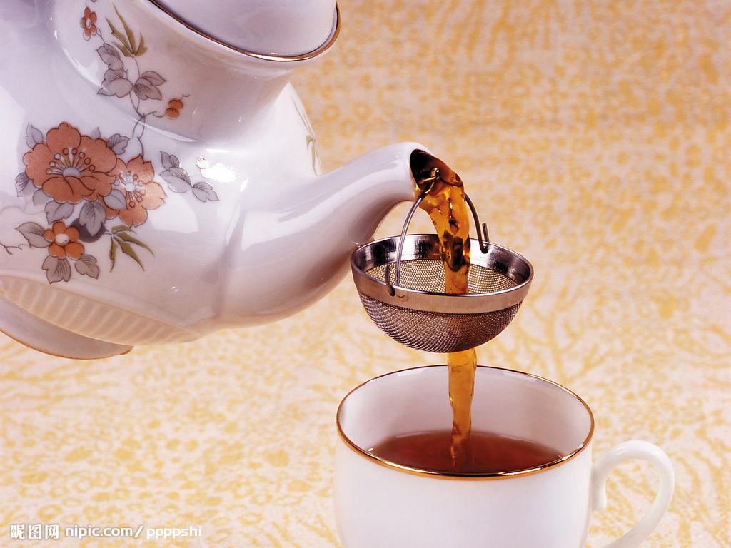 丽柜允儿用脚沏茶图片_如何沏茶