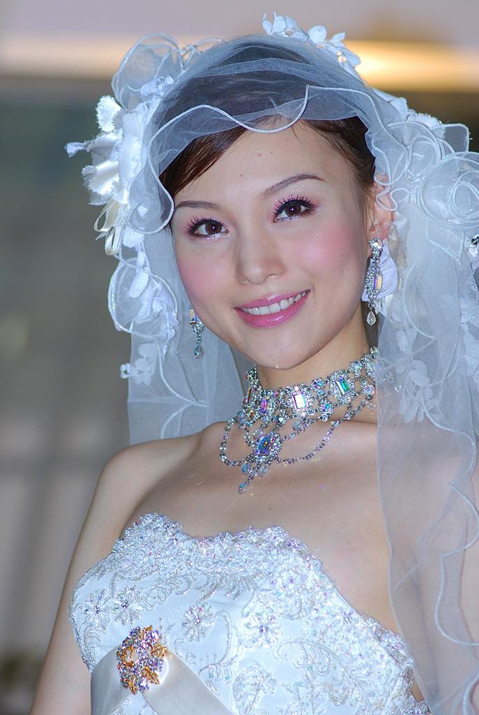 2013环球小姐_朱璇(国际中华小姐冠军) - 搜狗百科