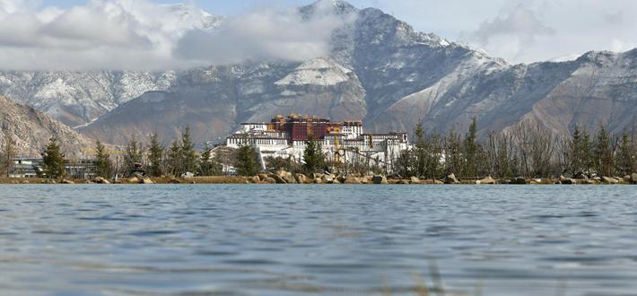 ?;ど肪?建设美丽西藏
