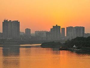 内江常住人口_2018年四川常住人口8341万人,比上年增加39万人