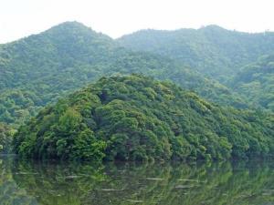金盆山风景区——龙井湖