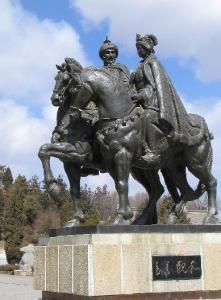 昭君单于骑马像